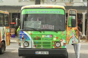 Versuche öffentliche Verkehrsmittel zu meiden