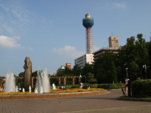 横浜市の山下公園は手持ち花火ができる