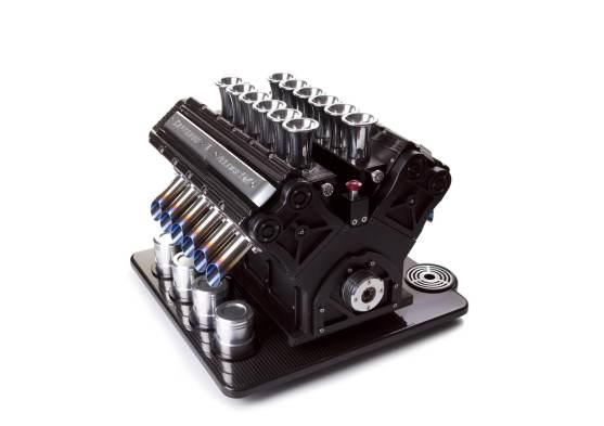 Nero Carbonio V12