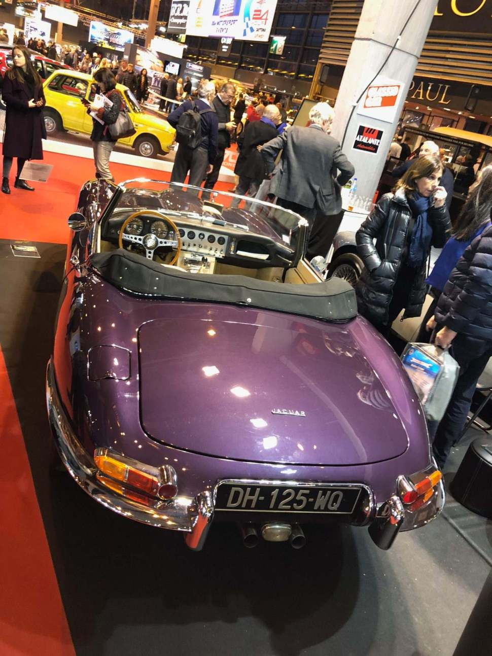 Our Friend Dominique Bardini (Atalante Automobiles) brought a so swinging London Purple Jaguar E Type Roadster Series I
