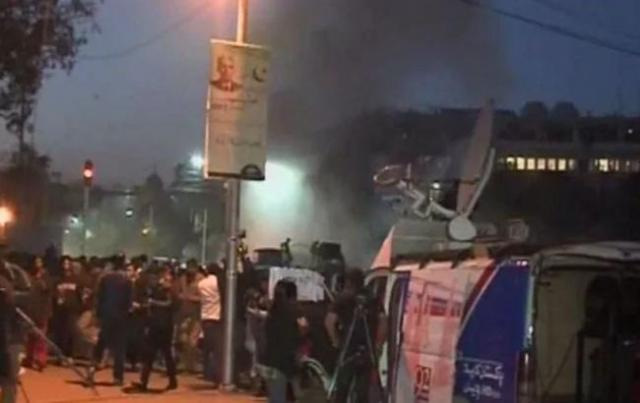 При теракте в пакистанском Лахоре пострадали почти 70 человек