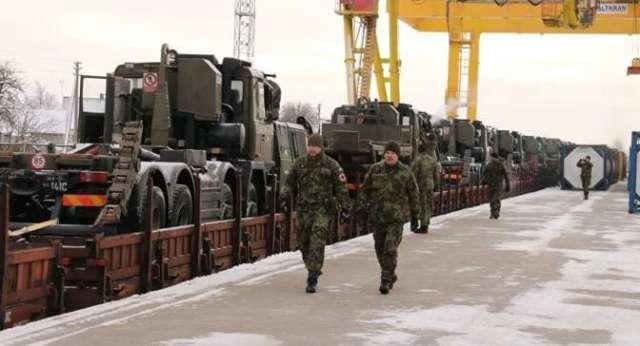 Чешская военная бронетехника прибывает в Литву архивное