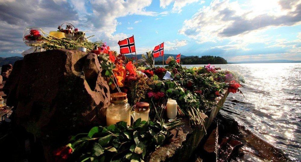 Норвежский антирасистский мемориал под названием «Брейвик был прав» накануне 10-летней годовщины нападений