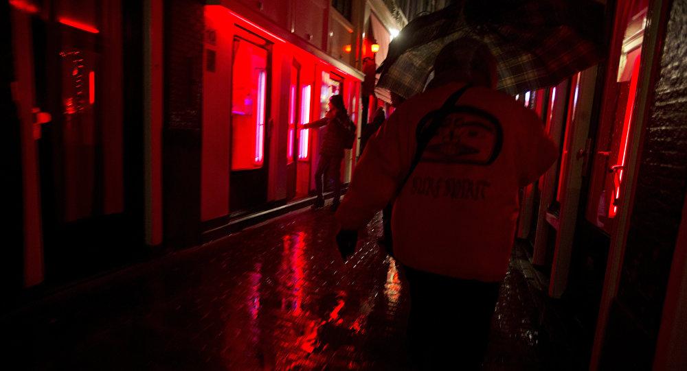 Секс вдали от большого города: обнародованы планы создания нового эротического центра за пределами квартала красных фонарей Амстердама