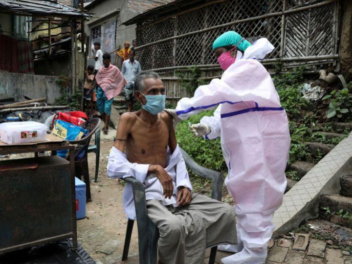 Министерство здравоохранения утверждает, что в Индии вакцинируются рекордные 8 миллионов человек за 24 часа