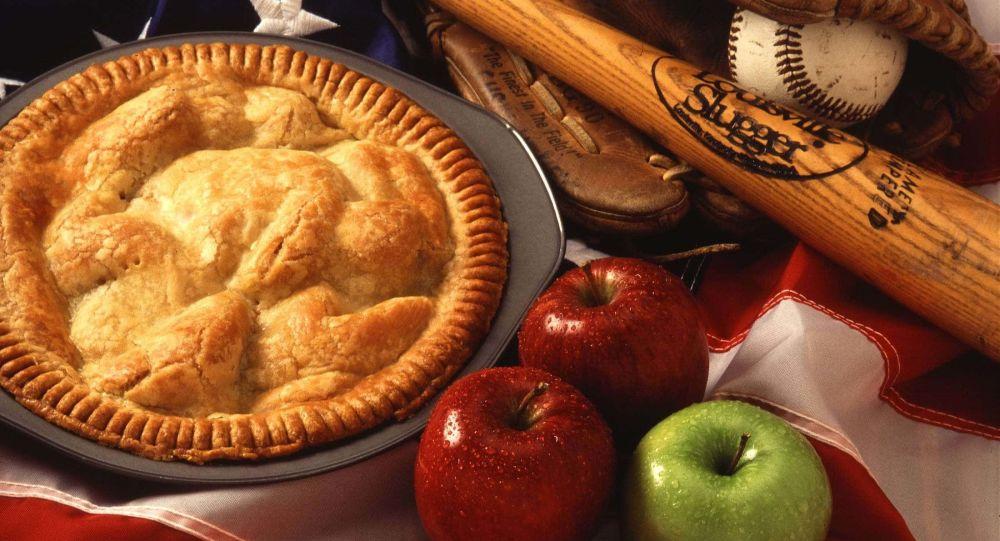 По мере того, как проснувшаяся культура набирает обороты, яблочный пирог, по-видимому, тоже получил название «расистский»