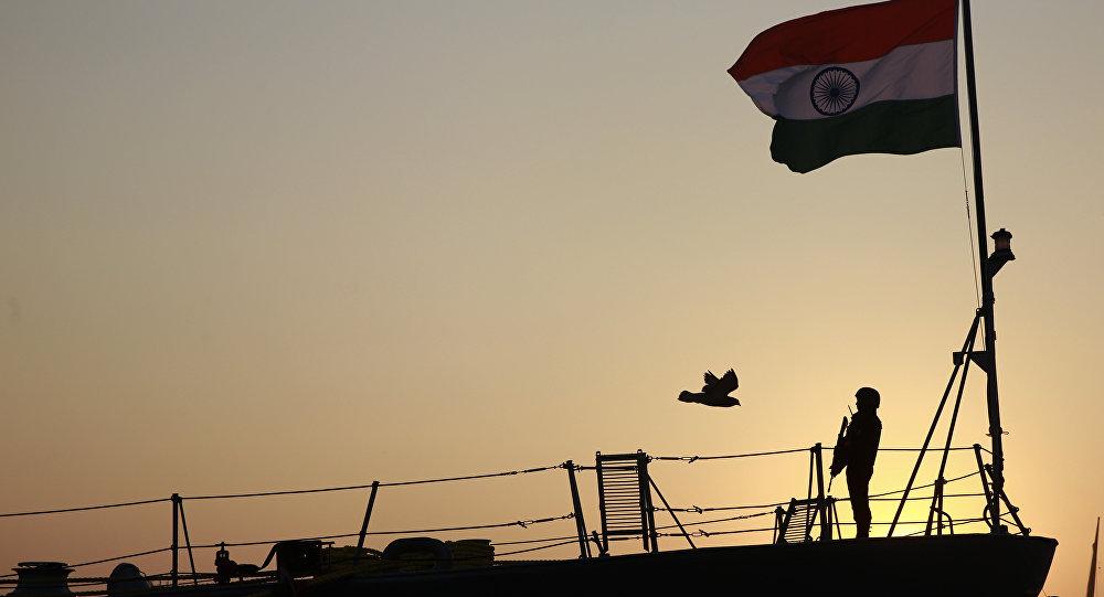Индия мобилизует военно-морской флот для оказания помощи в связи с обострением наводнения в нескольких штатах