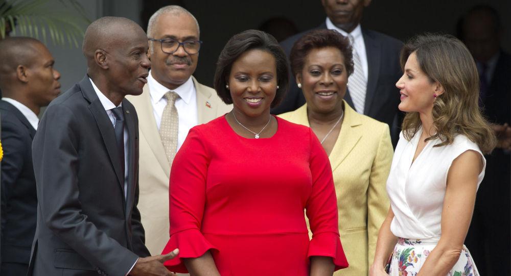 Жена убитого президента Гаити Моиса уезжает из страны в США для лечения, сообщают отчеты