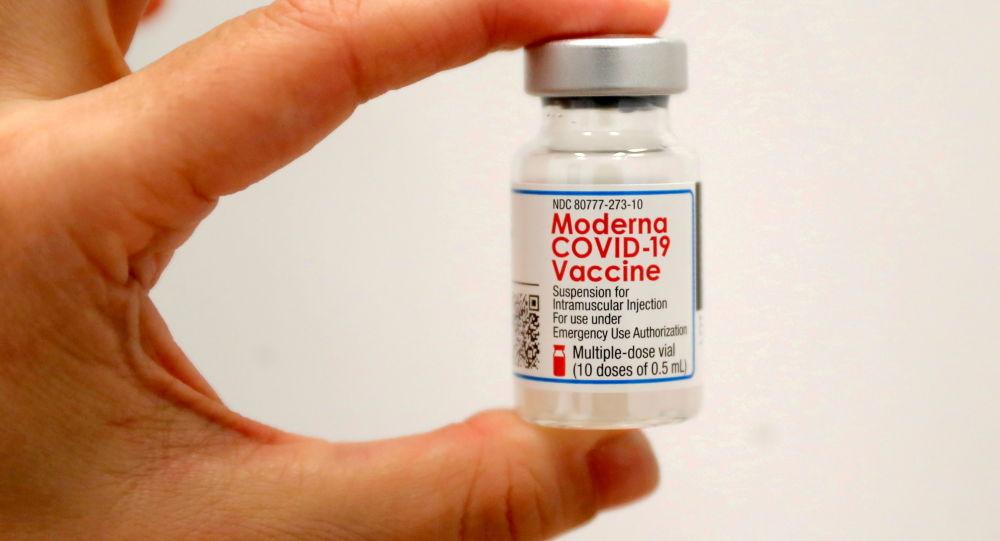 FDA США разрешает экстренное применение 3-й дозы вакцины COVID-19 для людей с ослабленным иммунитетом