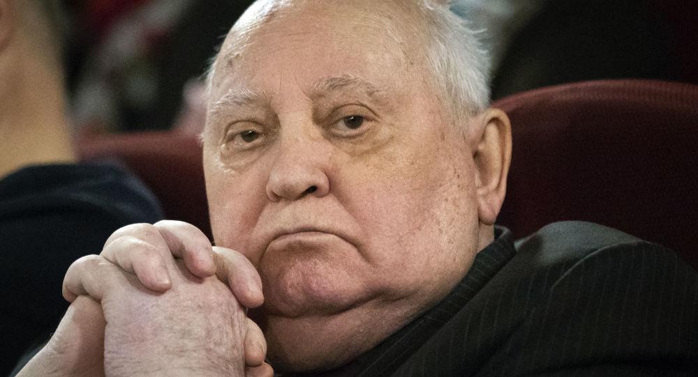 Горбачев с самого начала назвал американскую кампанию в Афганистане «провалом»