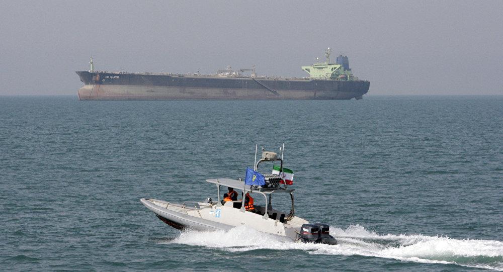 Иран установил контроль над судоходством в Персидском заливе после обвинений в нападении на танкер
