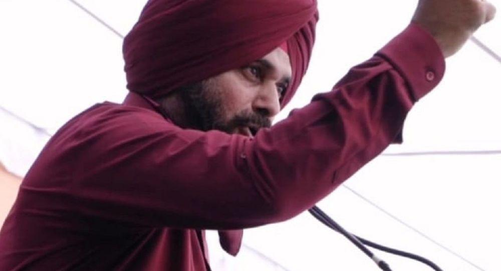 Пенджаб, глава Конгресса Индии столкнулся с недовольством из-за лейбла «Друг Имрана Хана» в преддверии опросов 2022 года