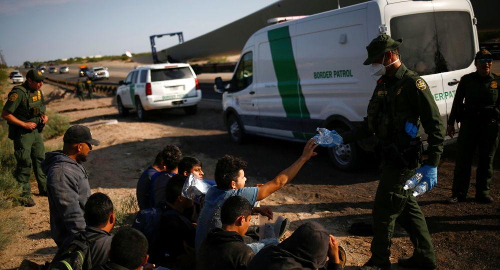 Утечка аудио: DHS Sec.  Предупреждает, что США могут «потерять» кризис на южной границе на фоне притока встреч с мигрантами