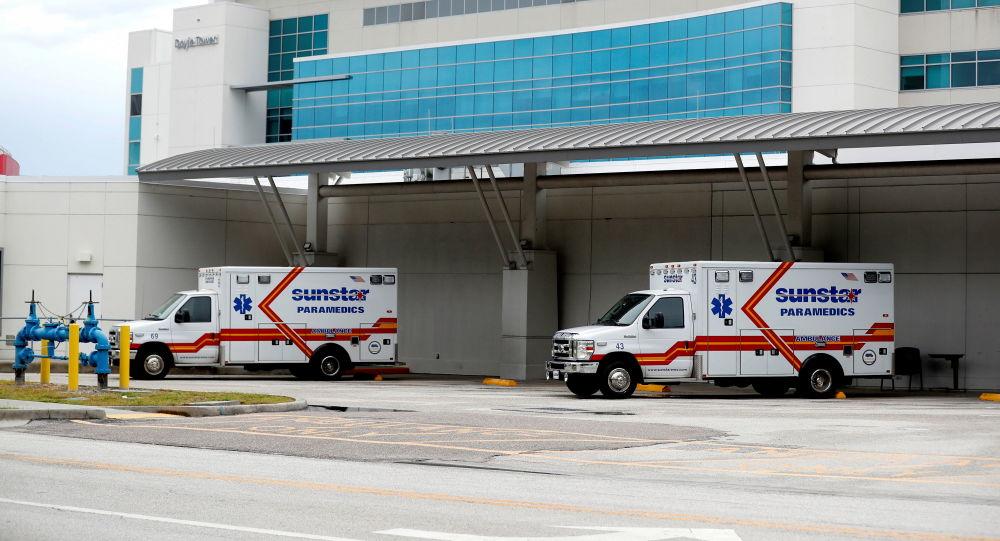 В штатах Флорида и Луизиана в США зарегистрировано рекордное число случаев коронавируса из-за дельта-варианта