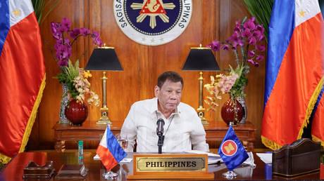 Филиппинский Дутерте принимает кандидатуру вице-президента на 2022 год в связи с блокировкой конституции второго срока