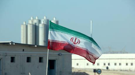 Глава Ирана по атомной энергии обещает развивать ядерную науку, несмотря на усилия «врагов» обуздать прогресс Тегерана