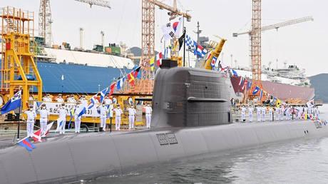 Южная Корея стала первой страной, не имеющей ядерного оружия, которая разработала возможности для создания баллистических ракет с подводных лодок