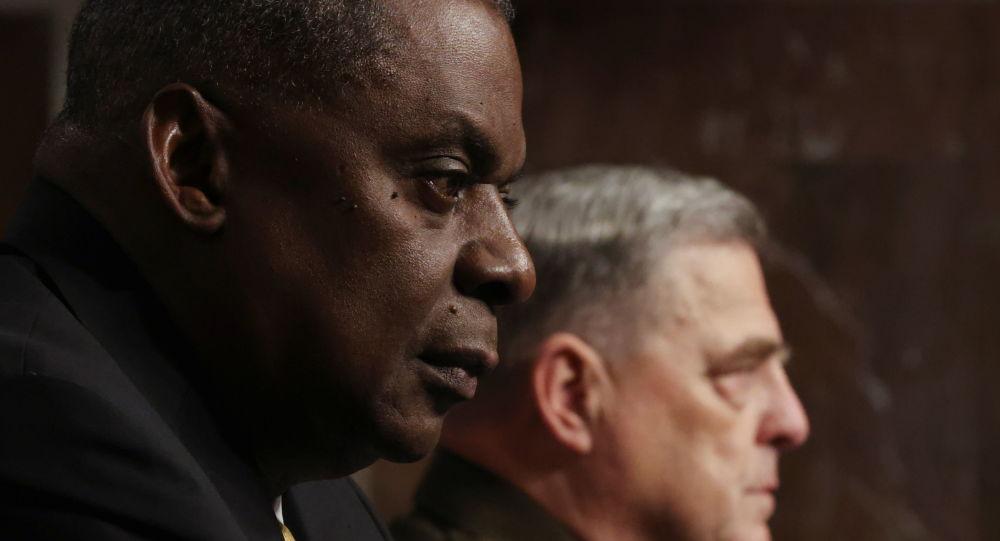 Министр обороны США заявил, что на следующей неделе посетит регион Персидского залива
