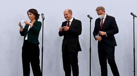 Коалиция «светофор», состоящая из СДПГ, СвДП и зеленых Германии, формируется после переговоров по основным принципам, включая выход угля к 2030 году.