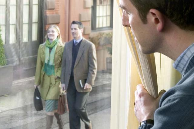 12 Ways to Avoid Jehovah's Witnesses