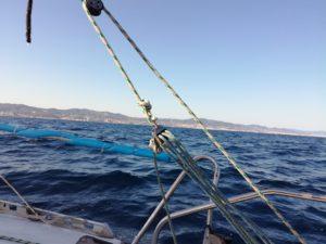 virer de bord gros plan bastaque a la voile