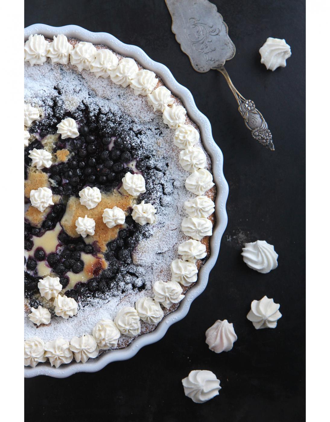 Gluteenitonta leivontaa: Mantelinen mustikkapiirakka
