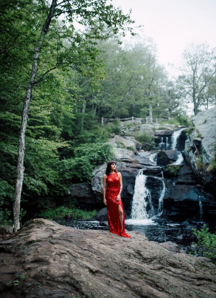 Julianna – Devil's Hopyard State park