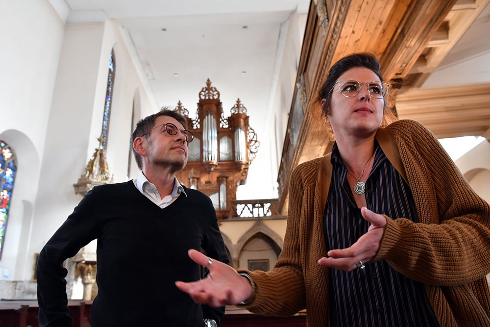 Olivia Vidic et le pasteur Christophe Kocker
