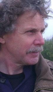 Kunstenaar en docent Henk Tichelaar