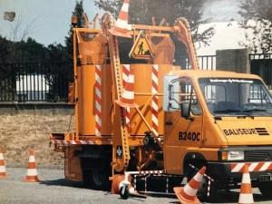 un véhicule baliseur pour poser et récupérer les cônes de signalisation sur les axes autoroutiers : fabrication spéciale hep industrie