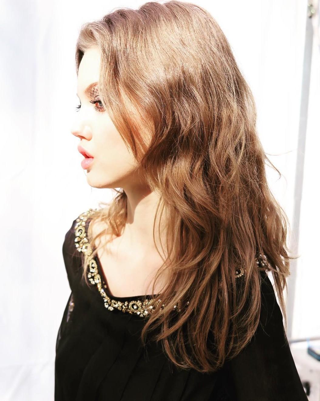 Chanel AW 2016   Model: Lindsey Wixson   Hair: Sam McKnight  