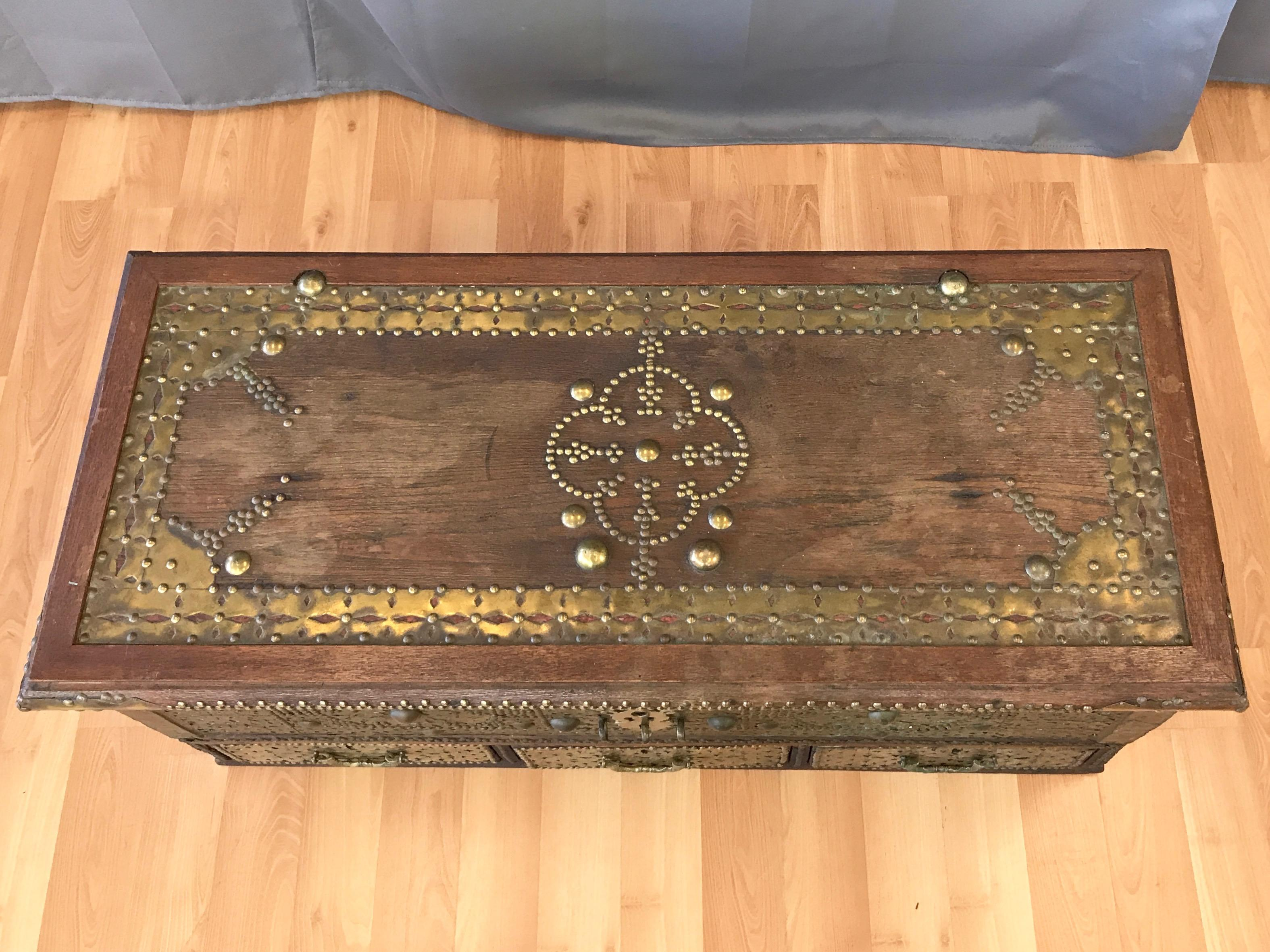 Antique Middle Eastern Brass Clad Wood Sailor S Chest At