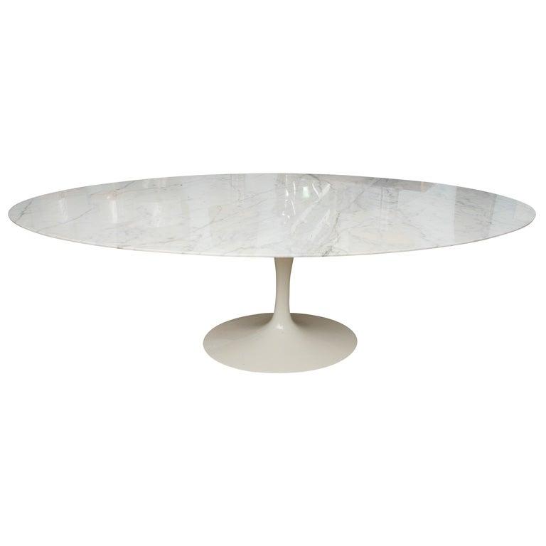 VINTAGE SAARINEN OVAL MARBLE DINING TABLE At 1stdibs