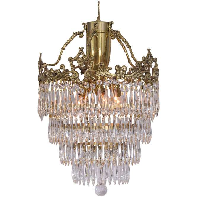 Crystal Chandelier With Wedding Cake Design And A Lovely Cast Brass Crown 1