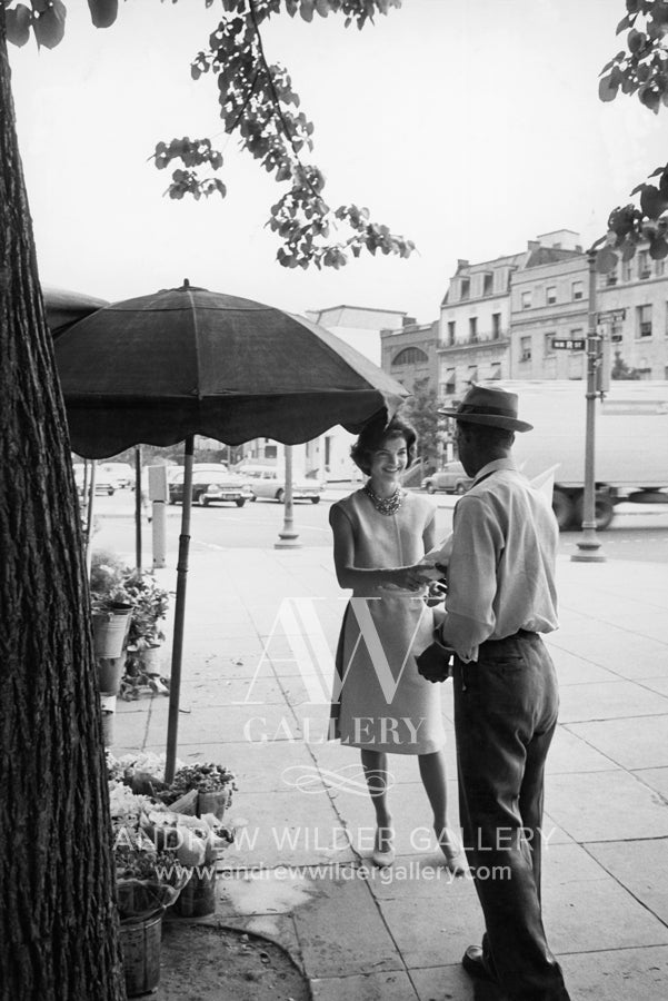 Mark Shaw Mark Shaw Jackie Kennedy In Georgetown With