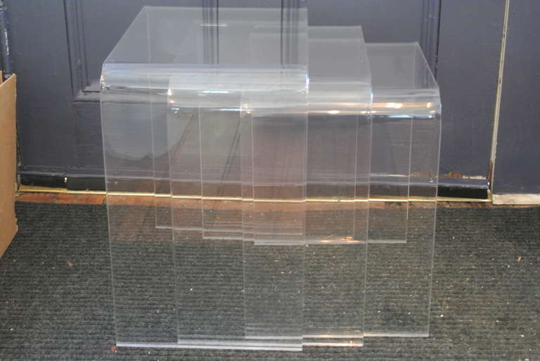 Set Of Three Acrylic Lucite Nesting Tables For Sale At 1stdibs
