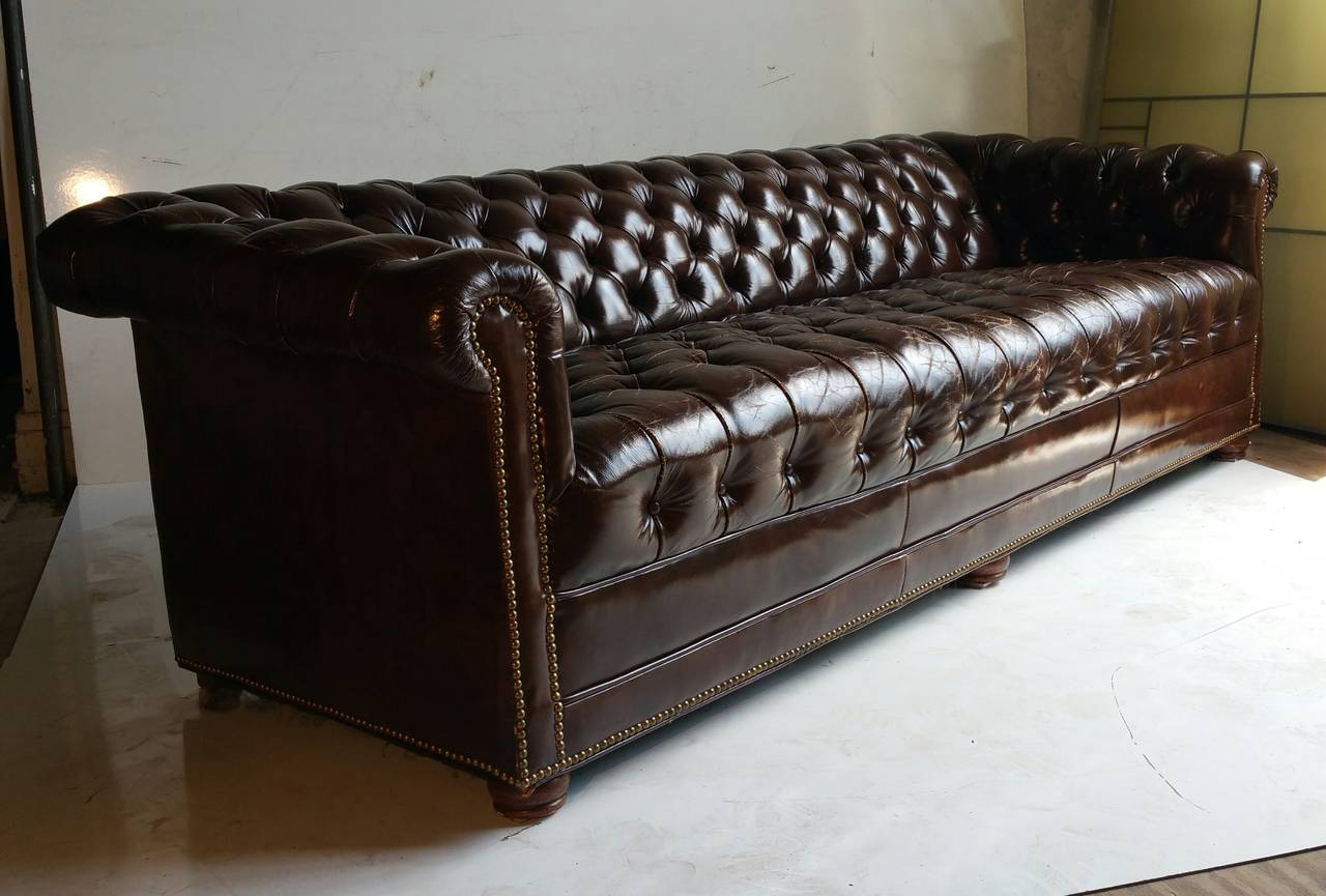 Brown Leather Button Tufted Chesterfield Sofa  Classic at 1stdibs American Brown Leather Button Tufted Chesterfield Sofa  Classic For Sale