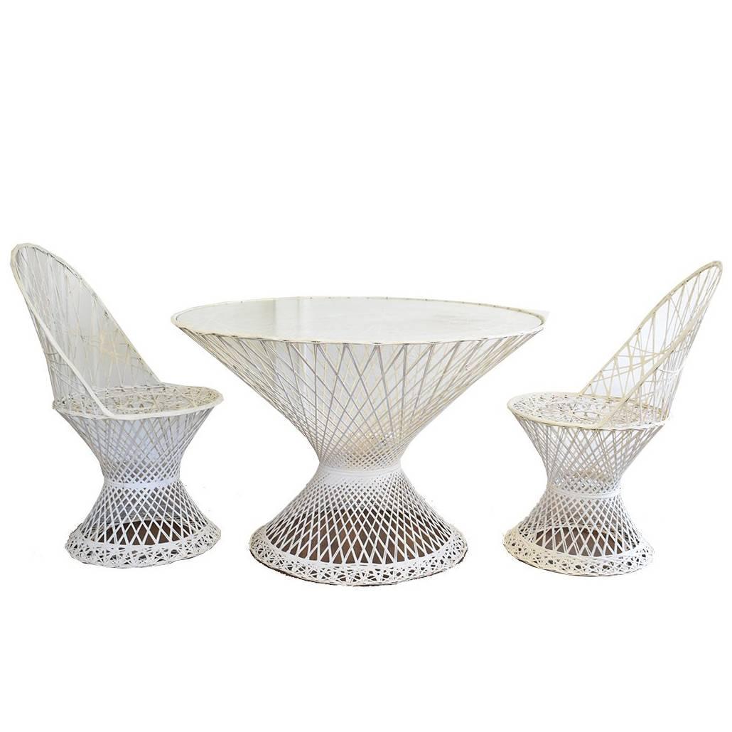 mid century modern russell woodard spun fiberglass patio furniture glass table