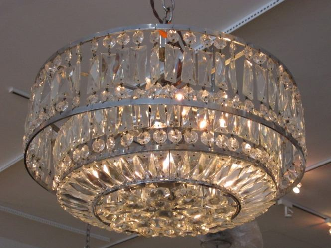 Circular Faceted Crystal Light Fixture With Silvertone Ar The Can Be Hung A Unknown Art Deco Chandelier