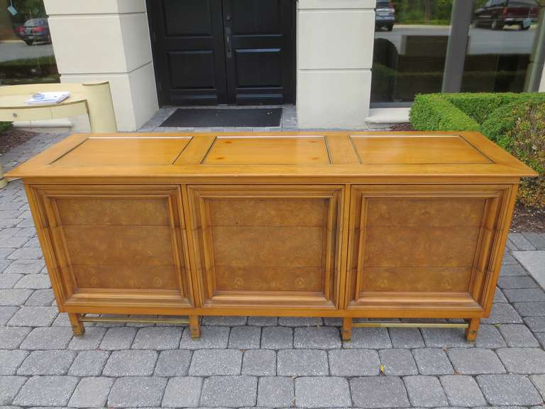 1970s American Triple Dresser By Metz Contemporary For