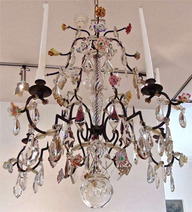 18th Century Five Light French Provincial Chandelier With Porcelain Flowers 3
