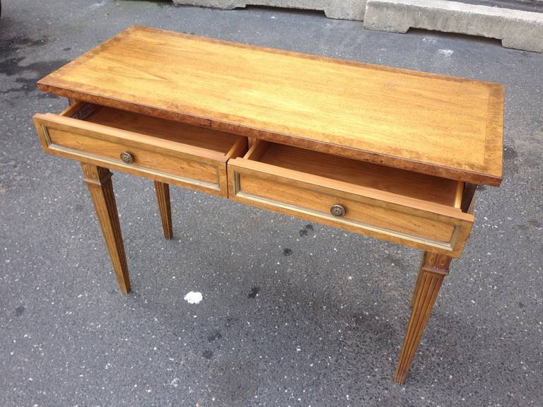 Stylish Entry Table At 1stdibs
