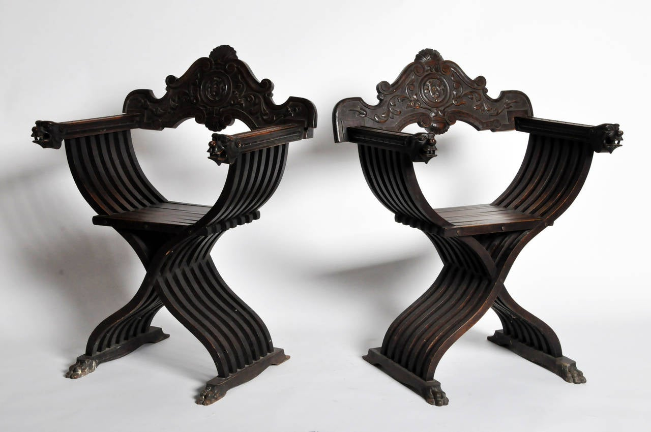 Pair Of Italian Renaissance Style Savonarola Chairs At 1stdibs