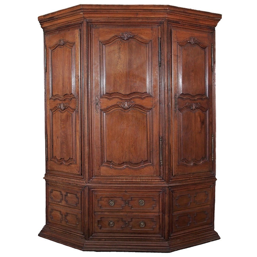 18c French Grande Louis XIV Oak Corner Cabinet For Sale At