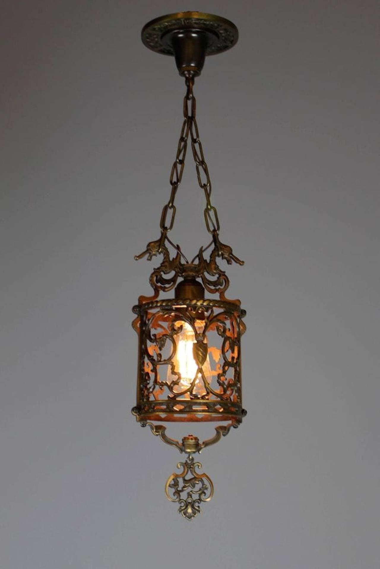 Colonial Pendant Light