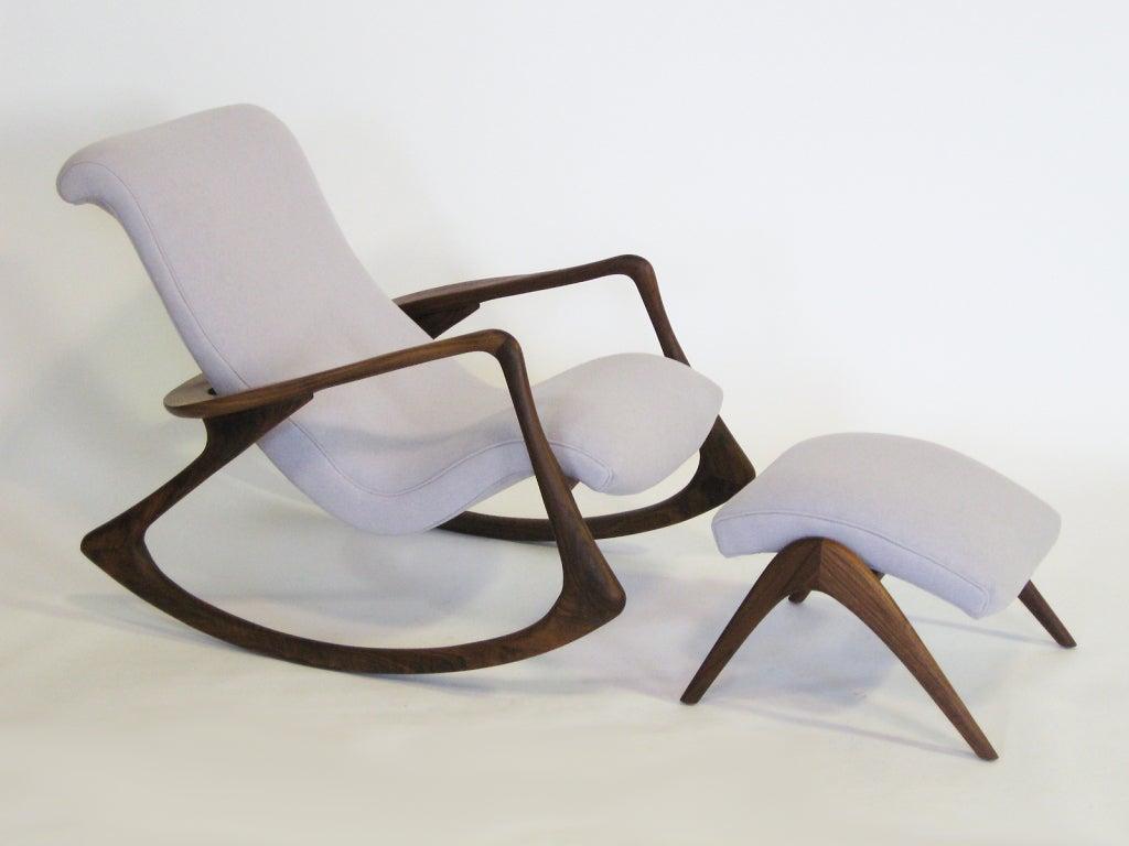 Contour Rocking Chair And Ottoman By Vladimir Kagan At 1stdibs