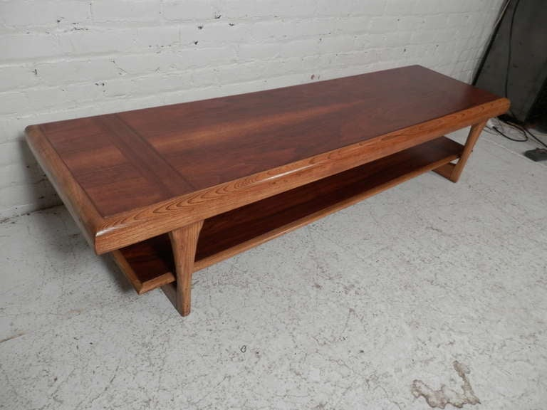 Mid-Century Coffee Table By Lane At 1stdibs