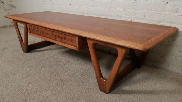 Mid-Century Modern Two Tone Coffee Table By Lane For Sale