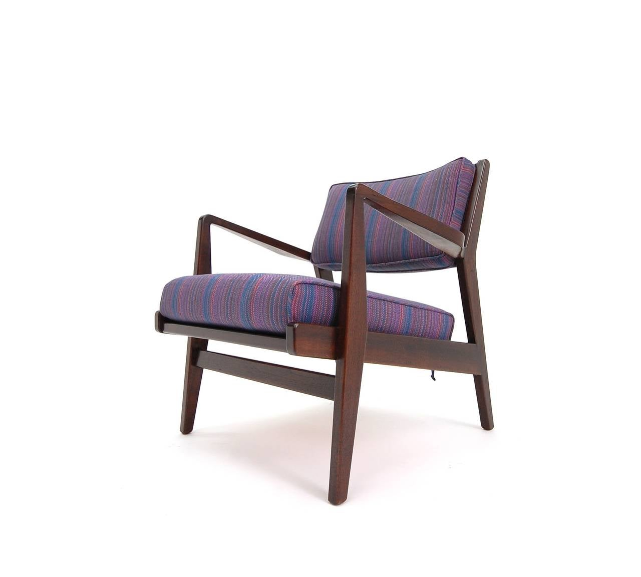 Pair Of Jens Risom Lounge Chairs In Walnut For Sale At 1stdibs