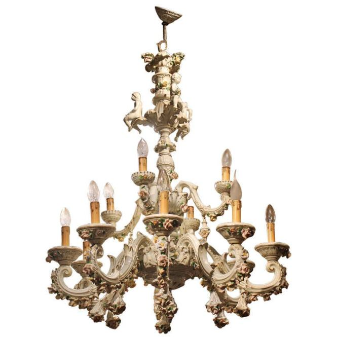 Capodimonte Porcelain Twelve Lights Chandelier With Putti And Fl Patterns For
